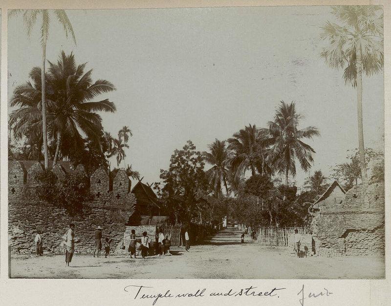 Name:  Nordthailand - ohne Ortsangabe - ca.1905.jpg Hits: 40 Größe:  131,7 KB